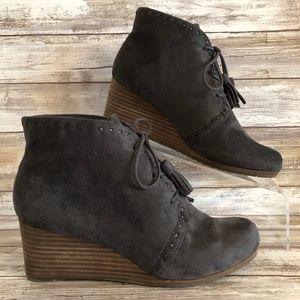 Dr Scholls Deluxe Gray Wedge Heel Ankle Boots.